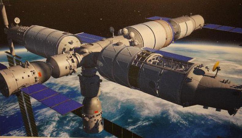 Astronauts eye China's future space station