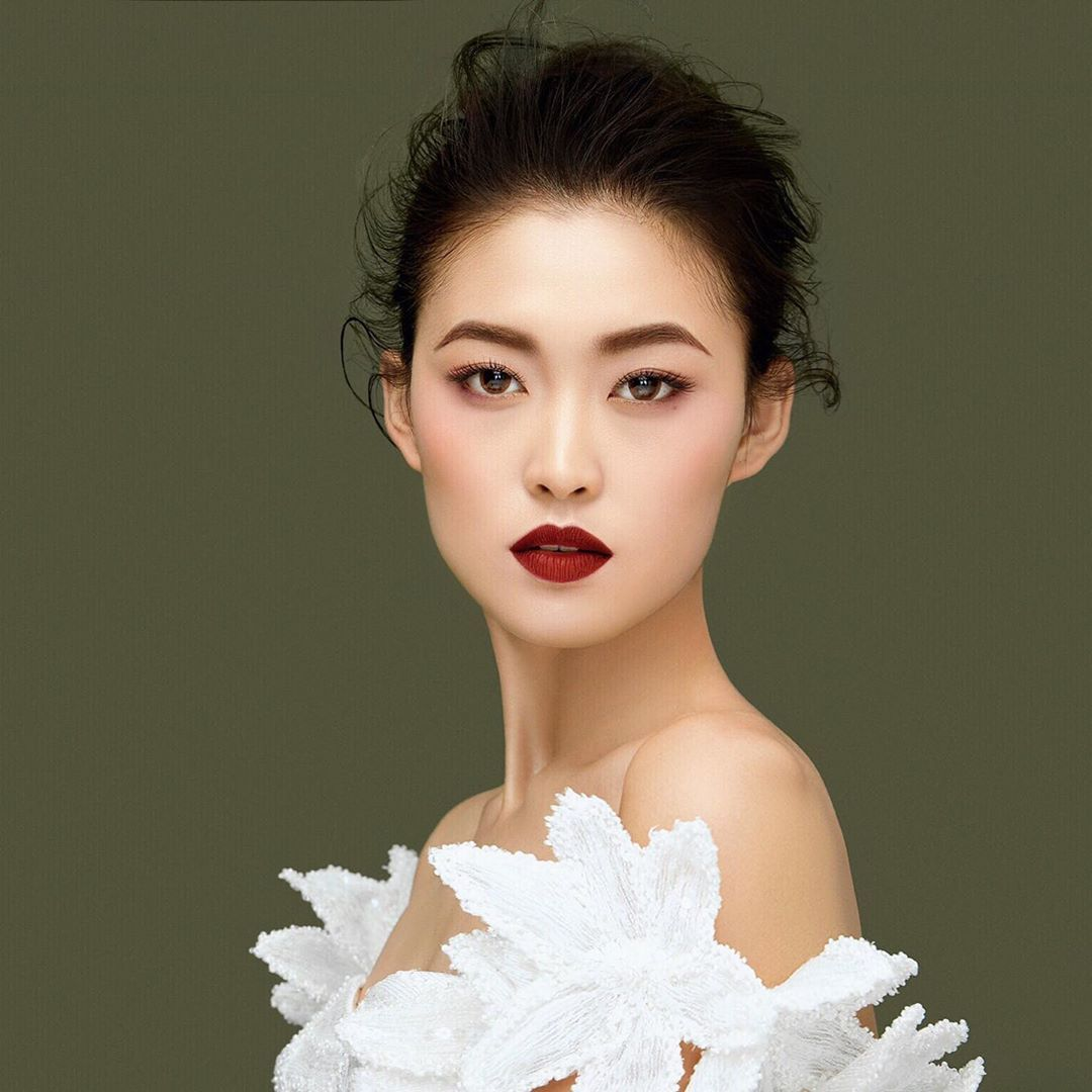 Мис Китай