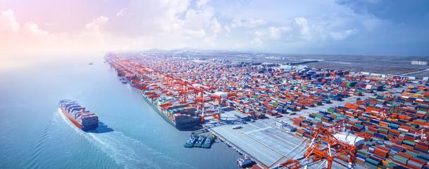 Износа на Китай расте с близо 10 процента