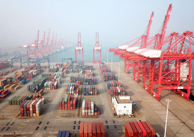 Китай стана най-големият търговски партньор на ЕС и САЩ