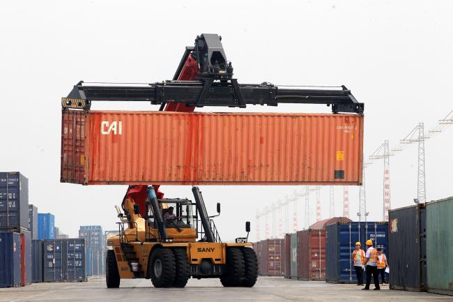 Над 6 000 товарни влака по жп линията Китай-Европа са преминали през граничния пункт Еренхот