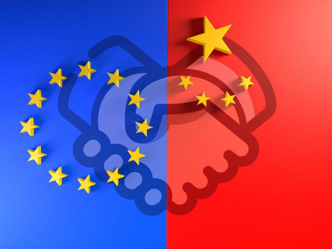 На какво се дължат разликите в стокообмена между Китай и основните му търговски партньори САЩ и ЕС