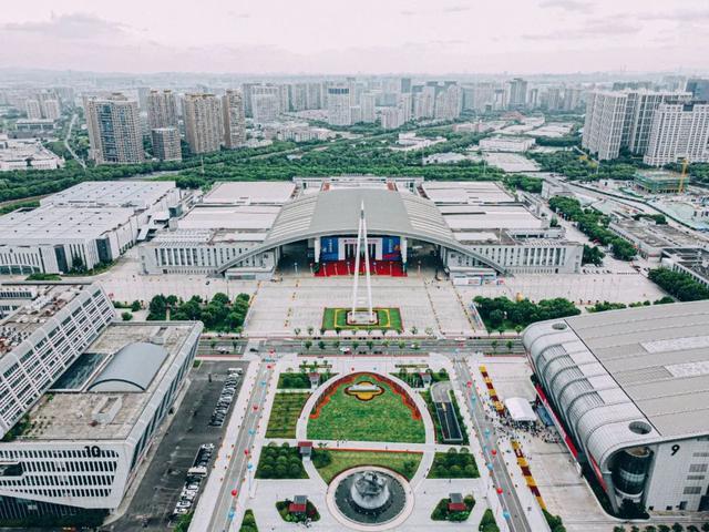 Изложение Китай-ЦИЕ в Нинбо с покупки за над 10 милиарда юана