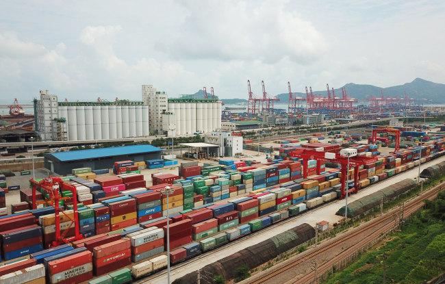 Възходящата тенденция за външната търговия на Китай остава непроменена